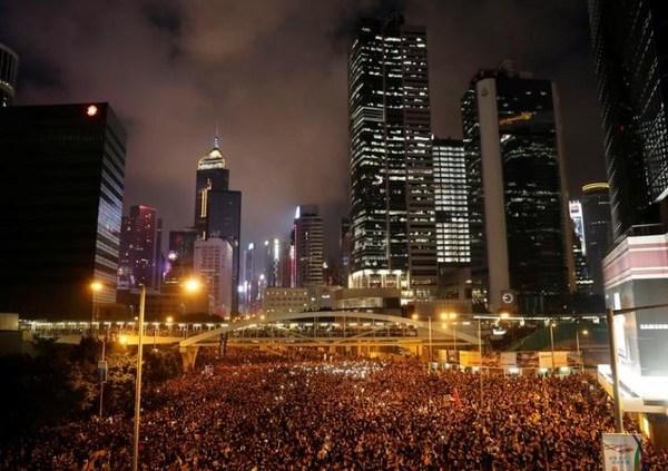 香港デモ2週目突入2.jpg